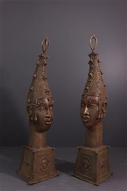 Paar hoofden Benin Uhumnwun elao