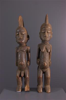 Een paar Lobi Thuna batebas beeldje