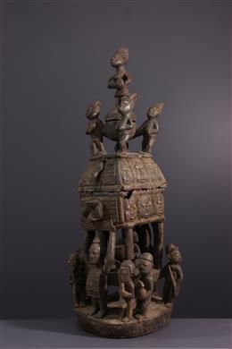 Yoruba monumentale beker met aanbod