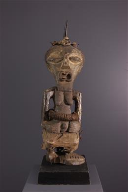 Songye Nkishi standbeeld